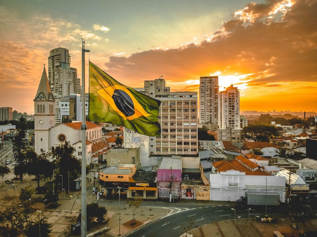 Brazil's Ailing Economy Is Helping Dollar-Pegged Stablecoins Find Traction - CoinDesk