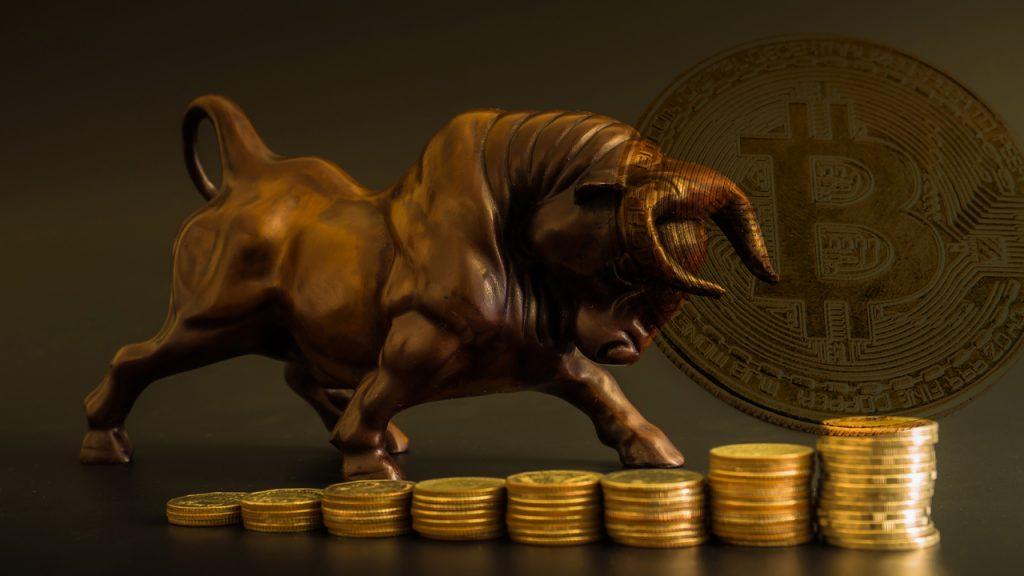 Market Outlook: BTC Trend Targets $15K, Bitcoin Bull Raoul Pal 'Irresponsibly Long'