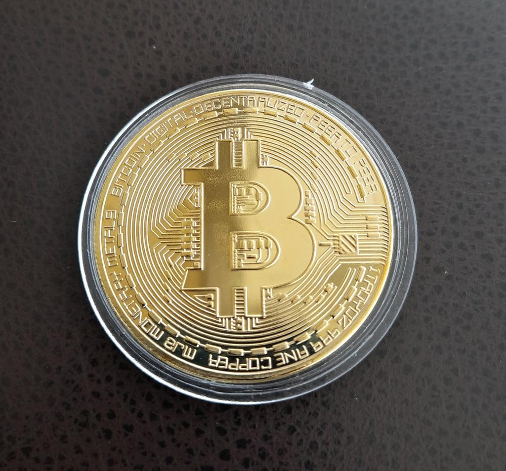 Bitcoin Gains Results in $2 Trillion Crypto Market Cap